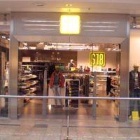 Bild Eingang zum S18 Store im Kornm